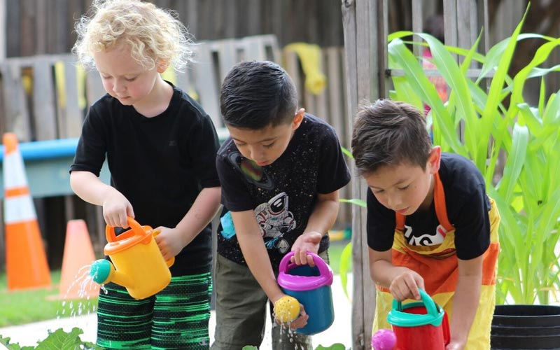 img-why-prek-our-philosophy-approach-3-kids-garden-1-1